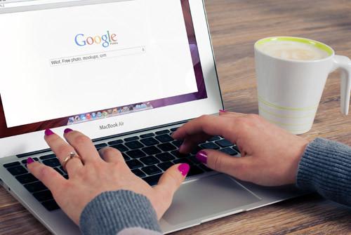 """Google desvela que las búsquedas """"Cerca de mi"""" se han duplicado"""