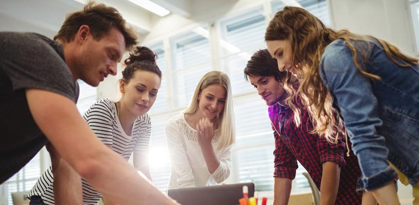 ¿Cómo elegir y contratar a un consultor web?